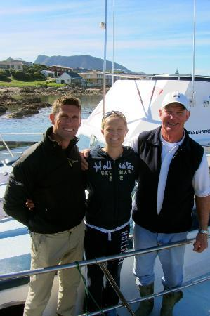 Great White Shark Tours: Great White Shark Diving, Gaansbaai