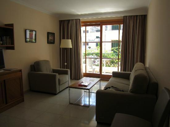 Maricel Apartments: Living area