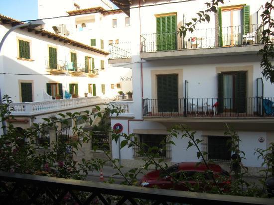 Maricel Apartments: Balcony view of Hotel Miramar across the road