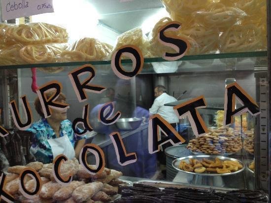 Barcelona Food Tour: Churros shop
