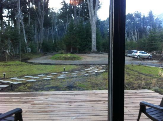 Arcanos, Casa de Montaña: Vista desde la recepción, Estacionamiento