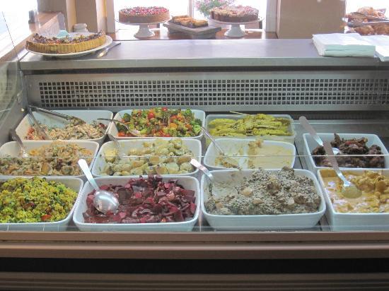 Taste Bistro & Patisserie: Salad display