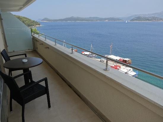 Lafodia Hotel & Resort: Terrasse de la chambre