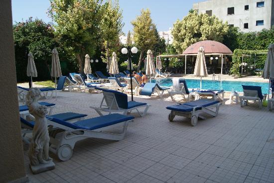 Jasmine Hotel  Apartments: pool bar and pool