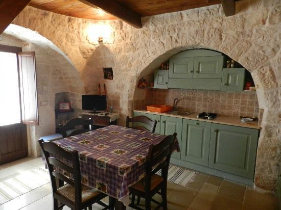 cucina:angolo cottura a sinistra - Foto di Bed & Breakfast La Rosa ...