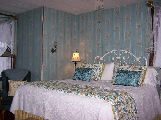 Humphrey Hughes House: The Brass Room