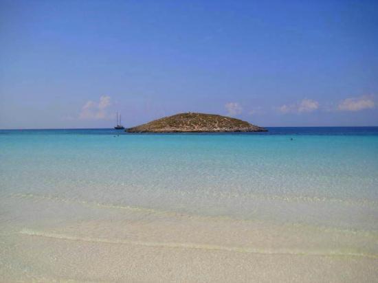 Playa de Ses Illetes: beautiful scenery