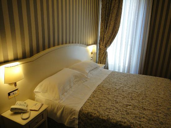 Trevi 41 Hotel: Habitaciones muy romanticas