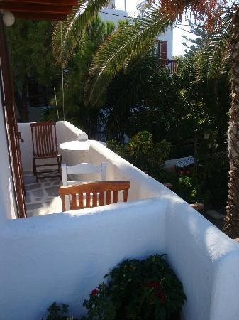 Villa Pinelopi Apartments & Rooms: balcon