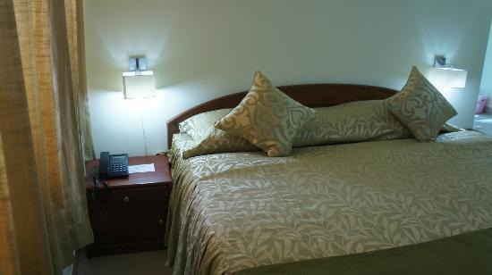 Hotel Lilawati Grand: Deluxe Bedroom