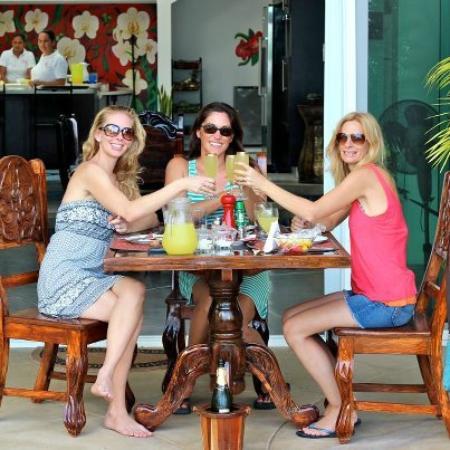 Orquidea del Sur: Champagne Brunch