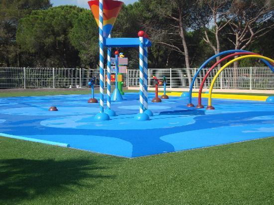 Puget-sur-Argens, Francia: aire enfants