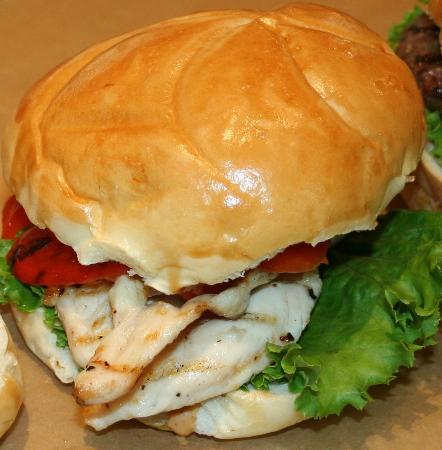 Caledon Burger Company: Delicious chicken sandwich at Caledon Burger Co.
