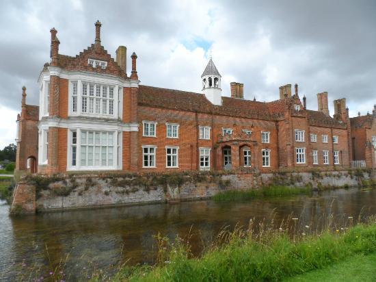 Helmingham Hall Gardens: Helmingham Hall