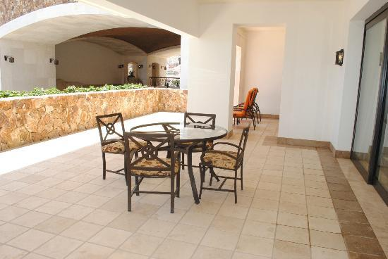 Grand Solmar Land's End Resort & Spa: Patio for 2 BR Presidential (room 8302)