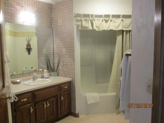 Baileys Harbor Yacht Club Resort: Bathroom