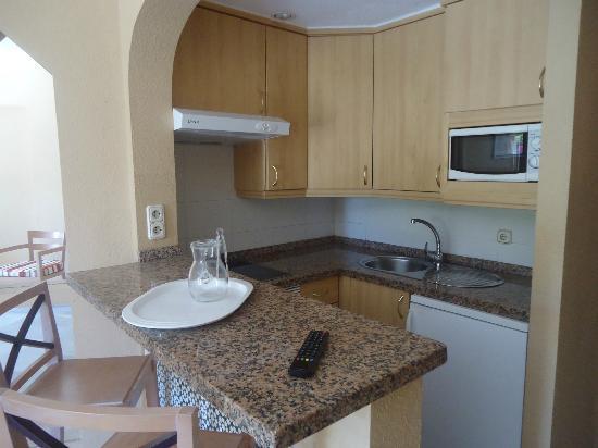 HOVIMA Altamira: kitchen in one bed first floor room