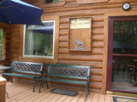 Sunshine Lake Bed and Breakfast: cabina