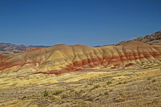 John Day Fossil Beds National Monument: Ever changing color.
