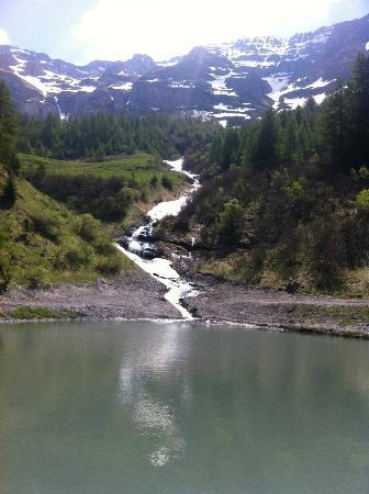 Hotel Walliserhof: Promenade à la montagne