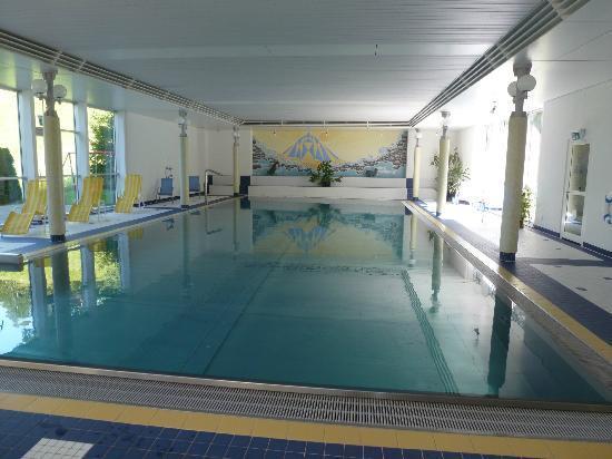 Parkhotel Schoenegg: Pool