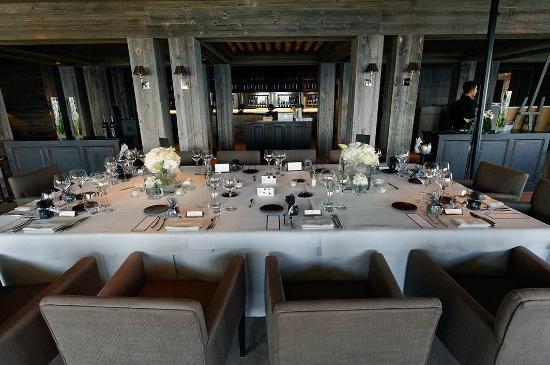 LeCrans Hotel & Spa : La table des mariés...