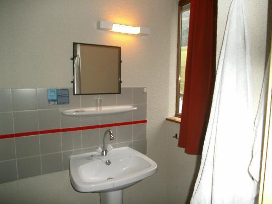 Hotel Chalet du Crey : lavabo