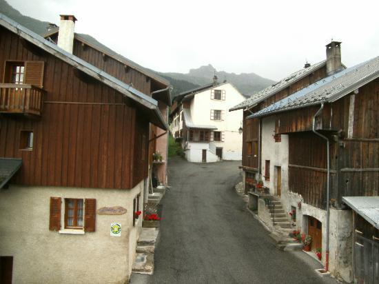 Hotel Chalet du Crey: vue de la chambre
