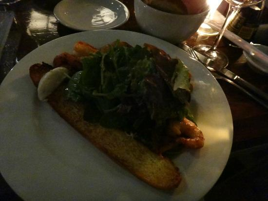 Gran Bar Danzon: Prawnd & avocado salad