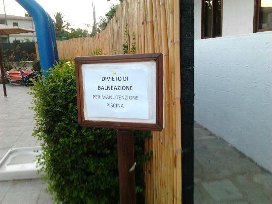 Posada, Italia: Manutenzione piscina