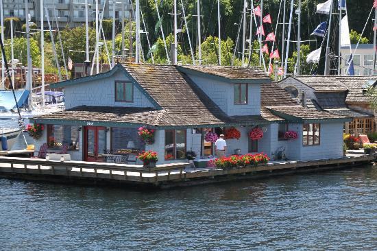 Sleepless In Seattle Houseboat Can Be Viewed On Both The
