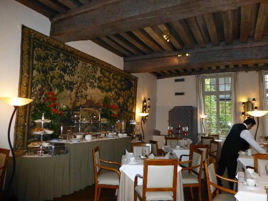 Hotel d'Aubusson: The room where a breakfast is served