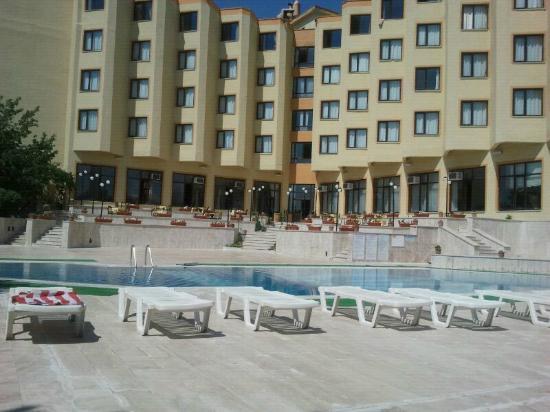 Mustafa Hotel: zwembad