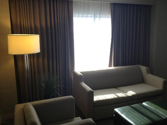 The Westin Indianapolis: Living Room Windows