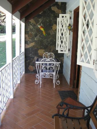 Park Eden Bed & Beakfast: Linda Vista porch