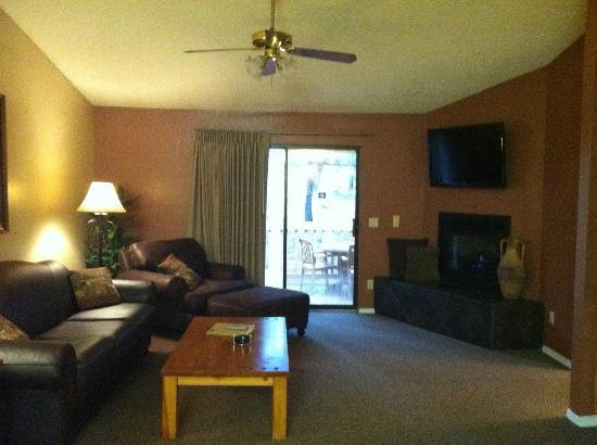 Wyndham Flagstaff Resort: Unit A Living Room