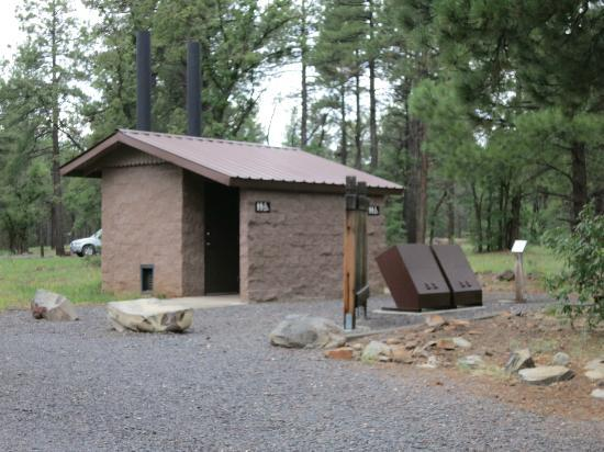 Dogtown Lake Campground: Potties, trash, and water