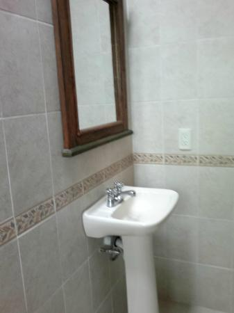 Casa Maria Hosteria: lavamanos