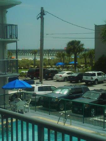 Admiral Motor Inn: Admiral Inn Myrtle Beach View from unit #202