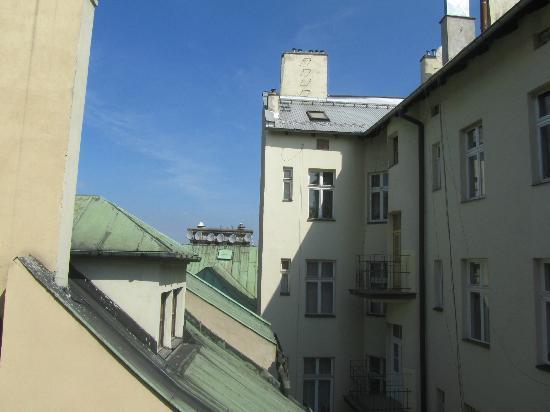 Momotown Hostel: .
