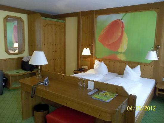 Hotel Gasthof Stift : ゆったりとした部屋