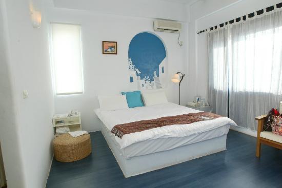Greek Frontier Villa: 202