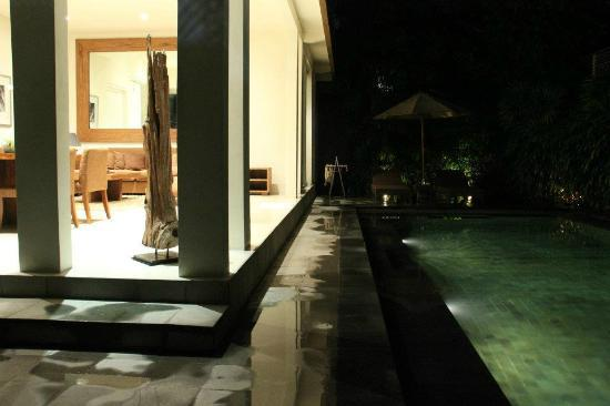 Serene Villas: love it at night