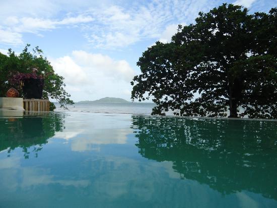 Saravoan-Kep Hotel: Saravoan Hotel swimming pool