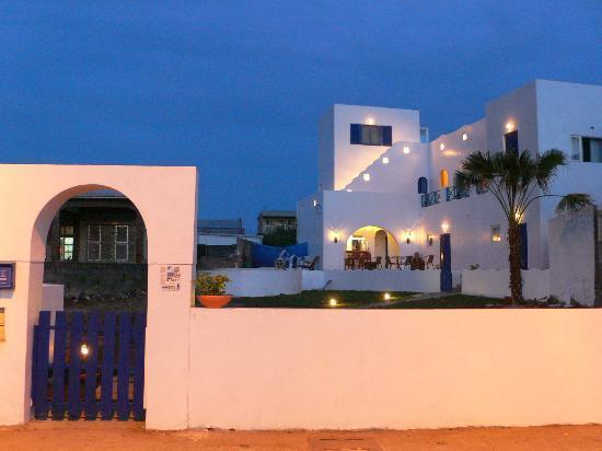 Greek Frontier Villa: greek