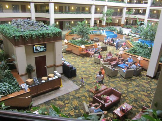 Embassy Suites by Hilton Lexington: Manager's Reception - Embasy Suites Lexington