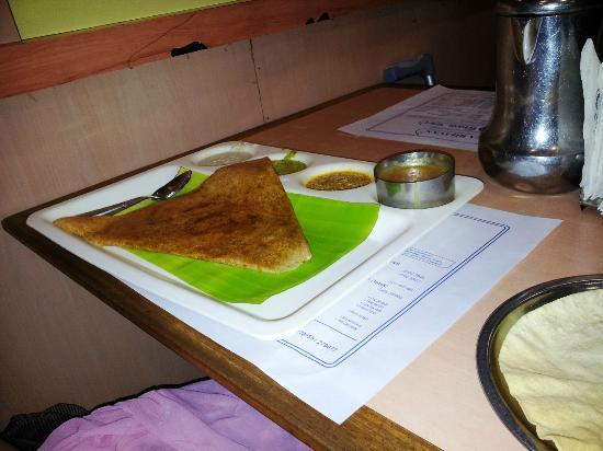 Saravana Bhavan: Veg Dosa