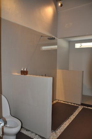 Aston Sunset Beach Resort : bathroom