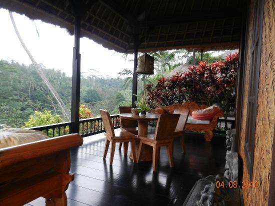 Tanah Merah Art Resort: L'entrée de la Villa n°8