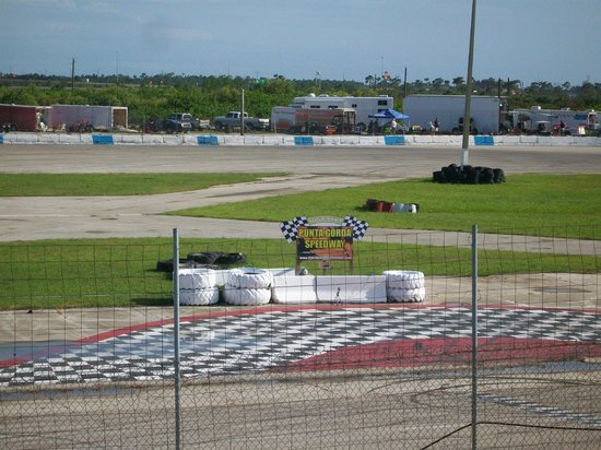 Punta Gorda Speedway: Mid track view showing winner's circle.
